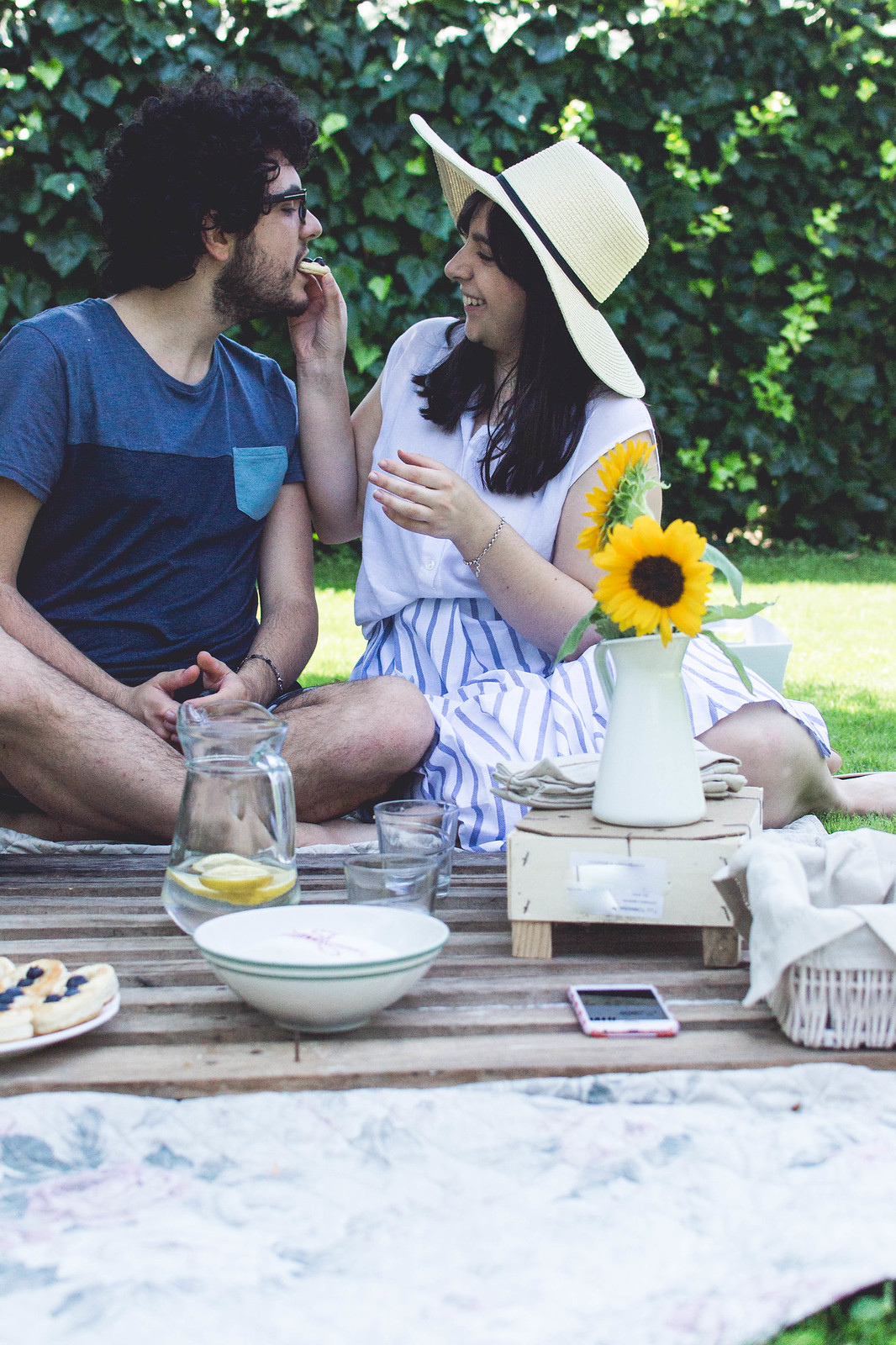 A Guide to the Grown-up Picnic