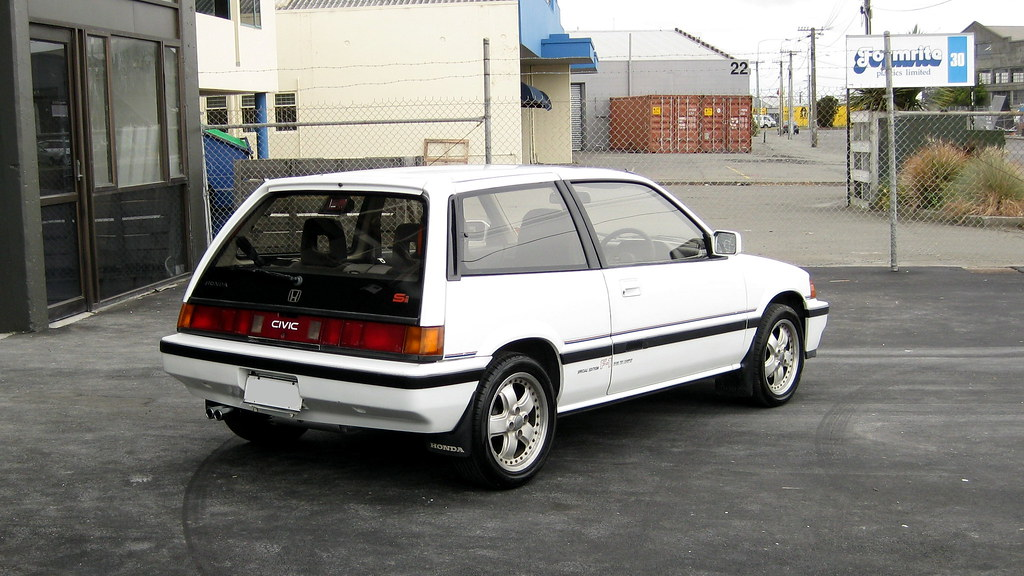 ... 1986 Honda Civic Si | By Deviant Esq