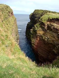 035 Diepe kloof bij Duncansby head