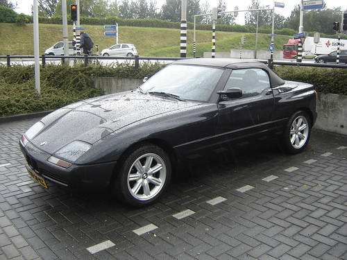 1990 bmw z1 the most notable part of the bmw z1 are its sp flickr. Black Bedroom Furniture Sets. Home Design Ideas