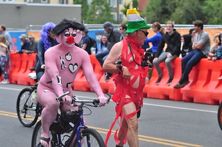 Fremont Solstice Parade 2016 - Cyclists 085 | by Joe Mabel