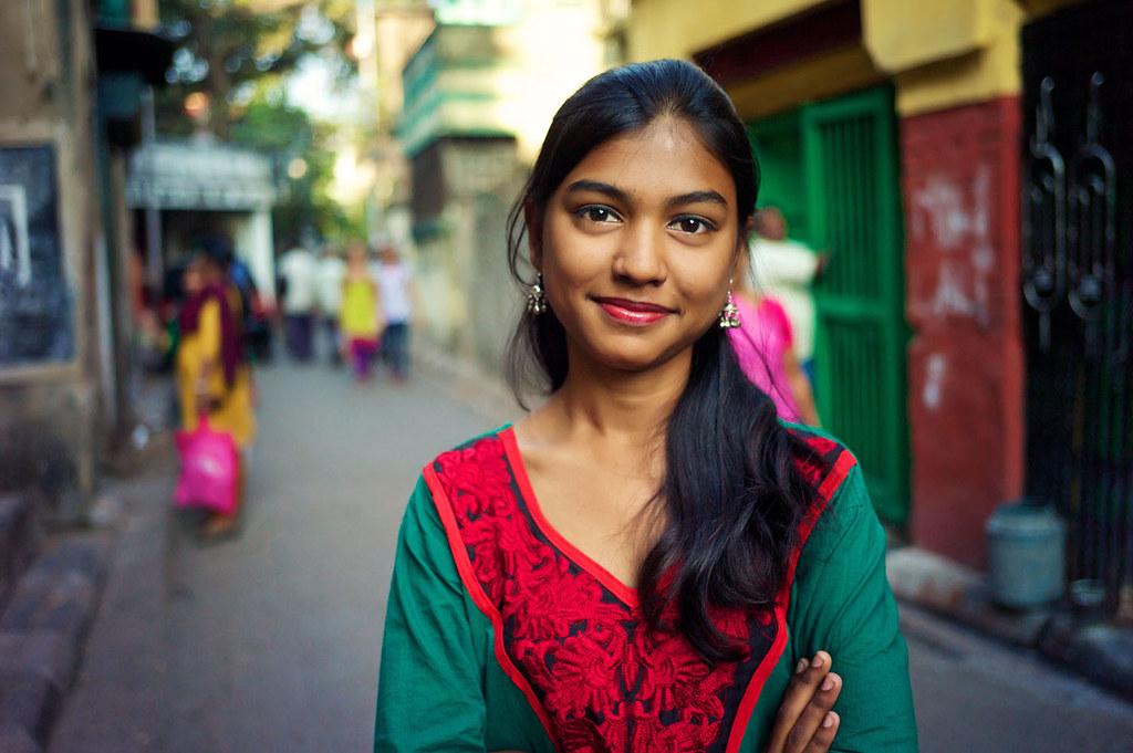 Young Woman, Kolkata, M9 | 35/2.5 Color Skopar www.facebook.… | Flickr