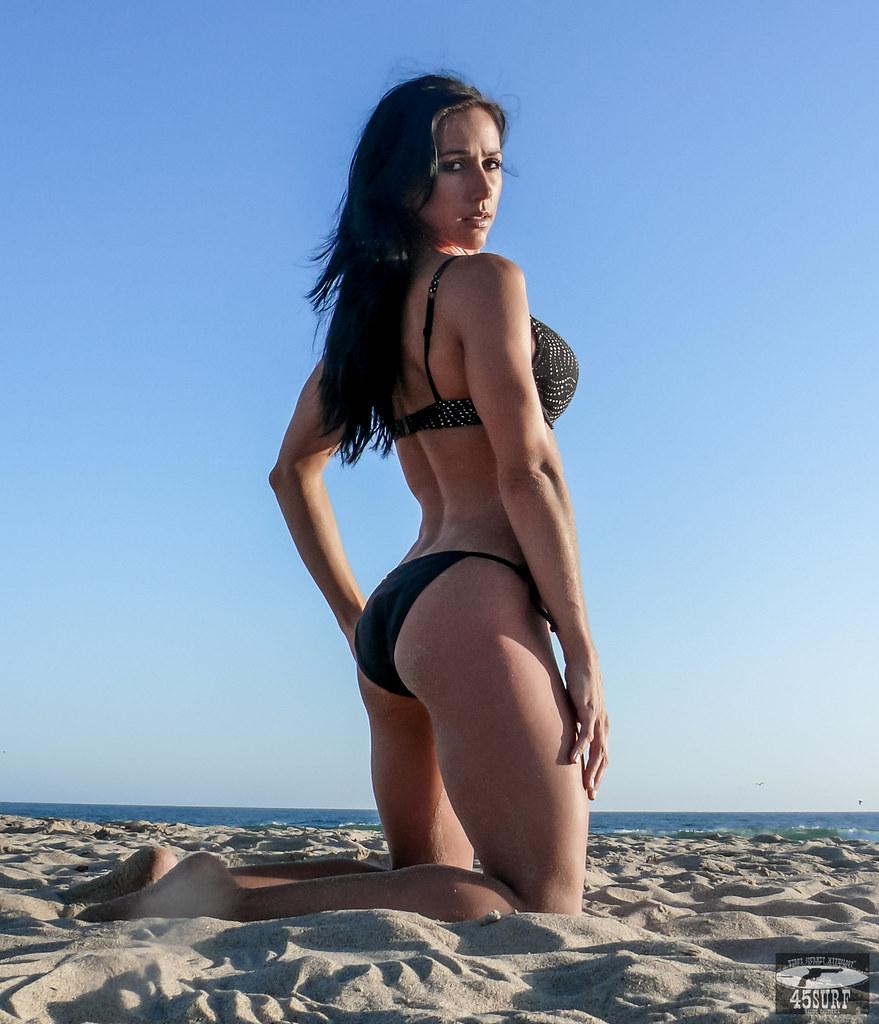 brunette body