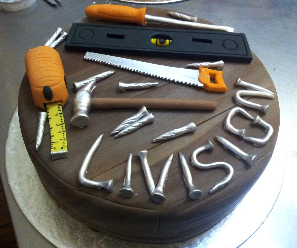 Carpenter Themed Cake With Fondant Woodgrain Icing And 3d Flickr