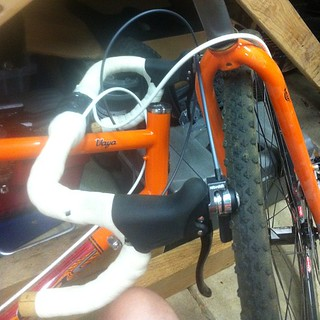 My Vaya fork is not subject to recall, yay! Now, how do I put this back together... | by Slonie