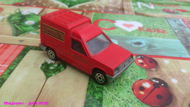 N°233 Renault Express 27920270312_fedf89d3fe_z