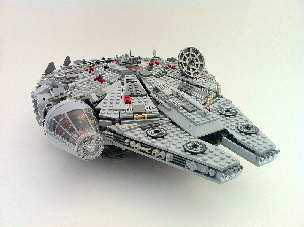 4504 Millennium Falcon Mods So After A Long While Of Build Flickr