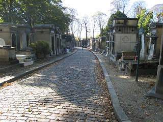 005 Paris - Cimetiere du Pere Lachaise | by Photos et Voyages