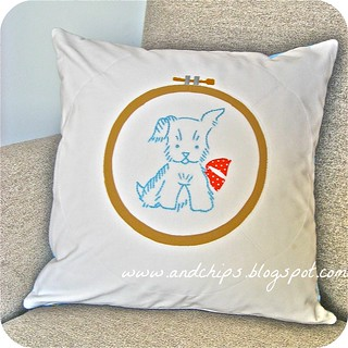 Sit & Stay - Embroidery Hoop Appliqué Pillows | by MissEnota from AndChips