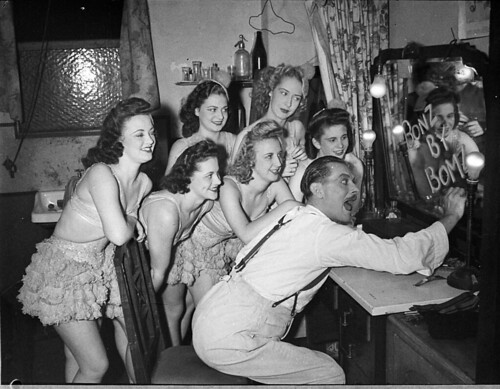 Don Nicol, and Ballet, Theatre Royal, Sydney, 30 January 1946 / Sam Hood | by State Library of New South Wales collection