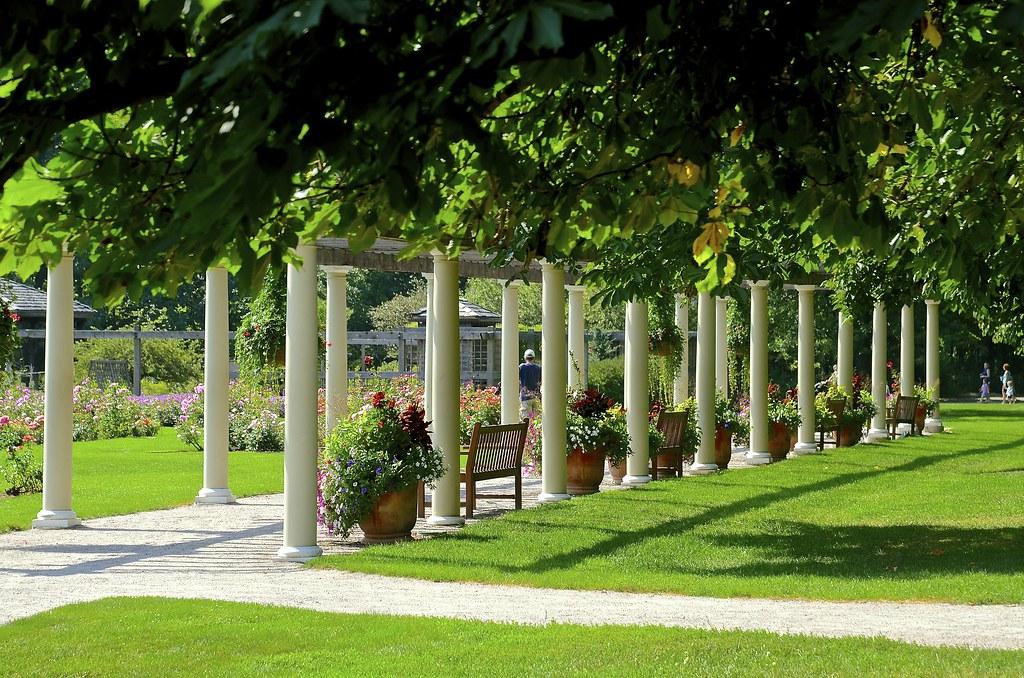 Rose Garden and Pergola - Cantigny - Wheaton IL | A fabulous… | Flickr