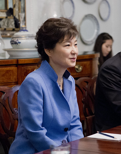 World Bank Group President Jim Yong Kim meets with Korean President, Park Geun-hye | by World Bank Photo Collection
