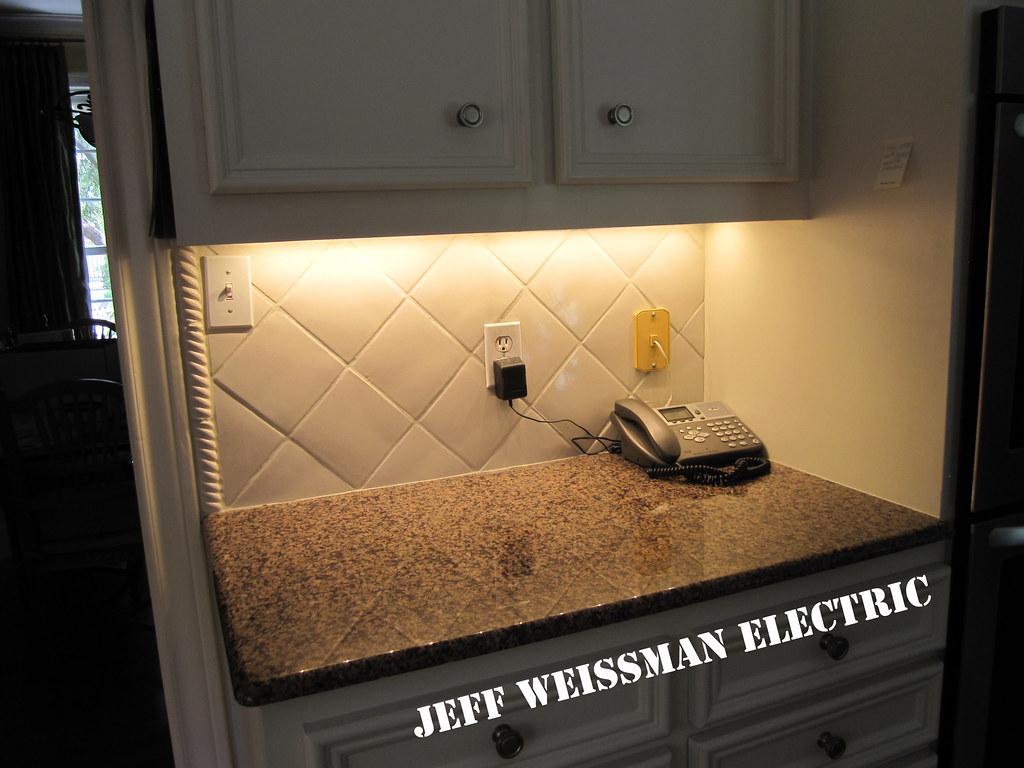 Maxim led7 maxim led under cabinet fixtures in 2700k jeff maxim led7 by jeff weissman photography aloadofball Choice Image