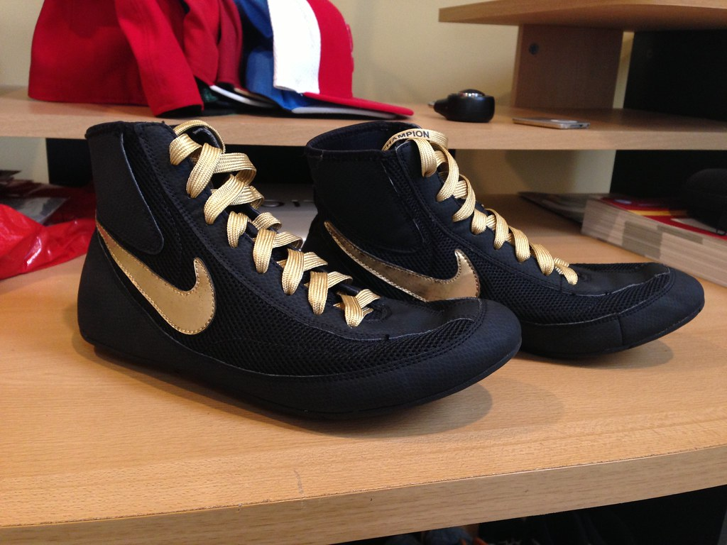 CUSTOM Nike Pro Lo Wrestling Shoes | Black/Gold Size:10 Cond… | Flickr