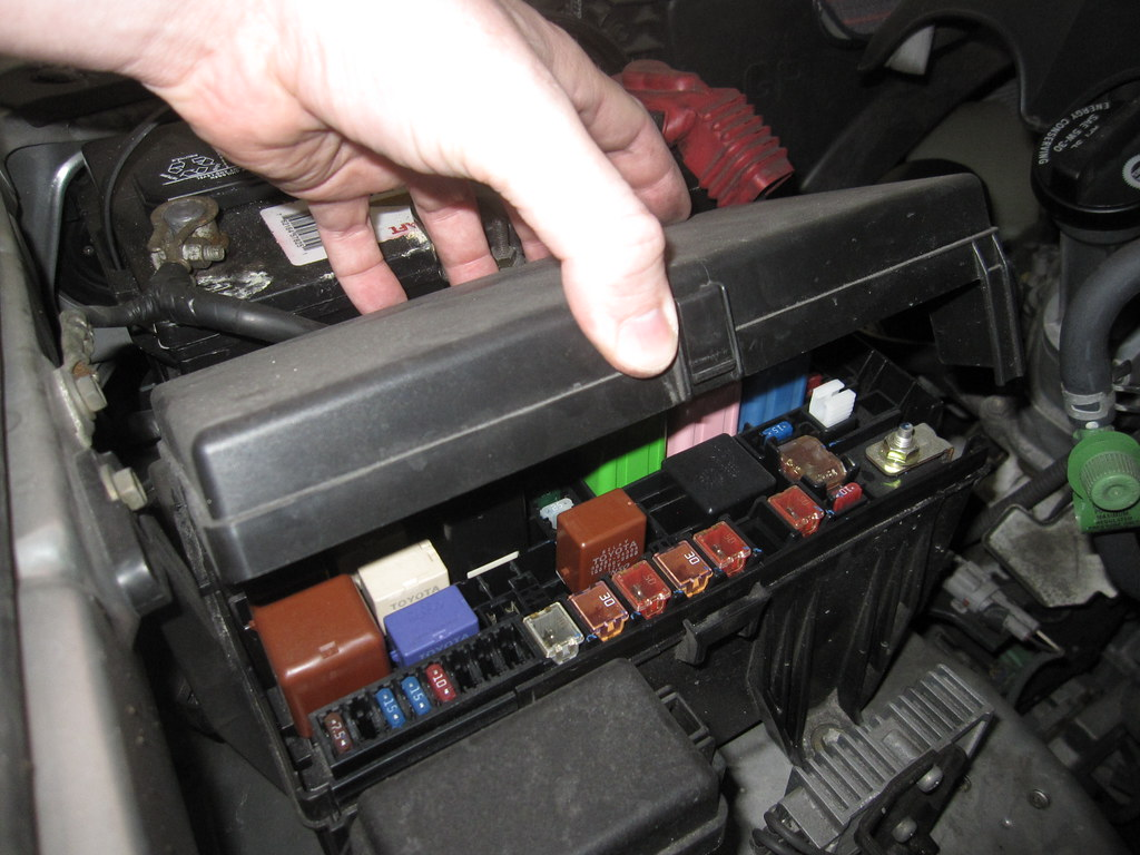 fuse box 1997 toyota 4runner