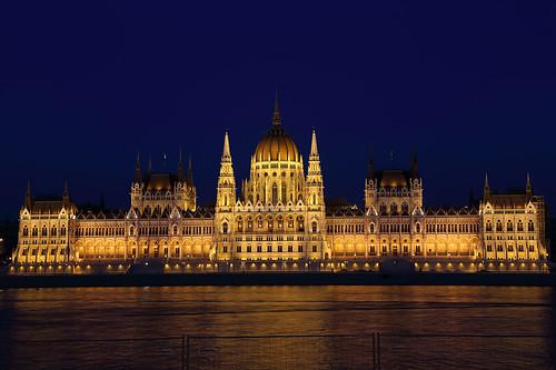 Budapest parlamento parliament de from wikipedia for Parlamento wikipedia