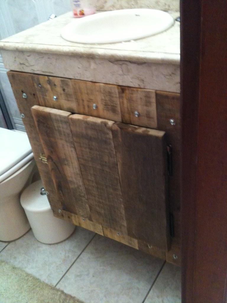 Armário de banheiro com pallets  Flickr -> Armario De Banheiro Mobly