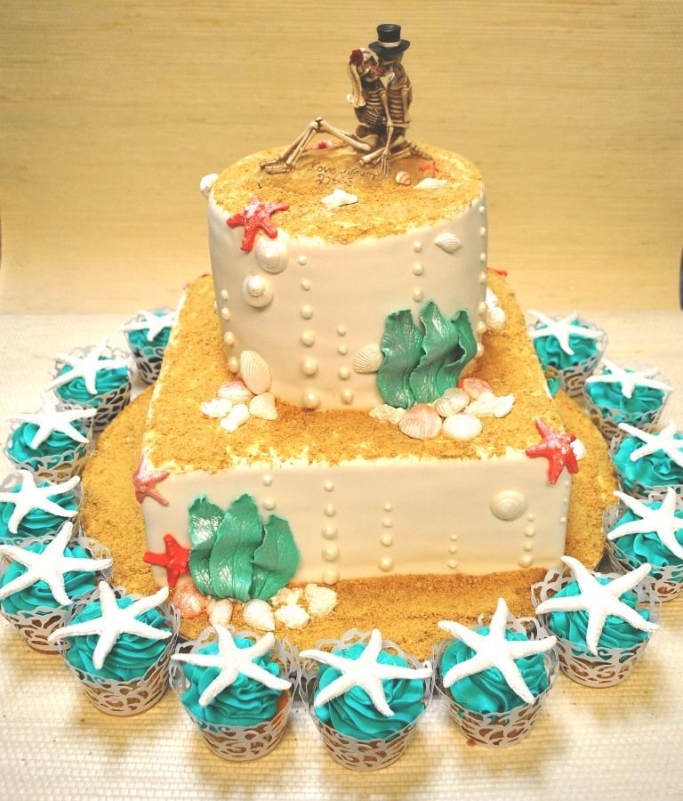 Beach theme-wedding cake-Lido Beach resort-Sarasota- weddi… | Flickr