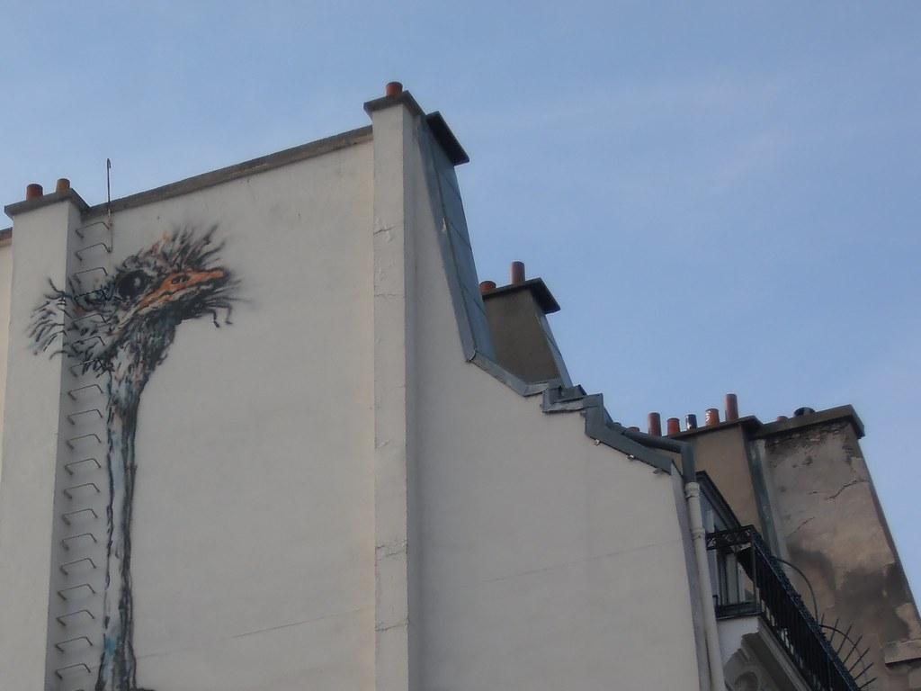 Street art Bonom, Autruche, rue de Malte, Paris. Métro Oberkampf.