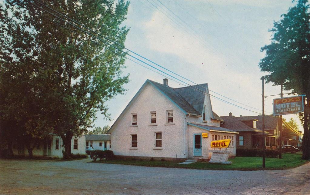 Fox's Motel - Tillsonburg, Ontario