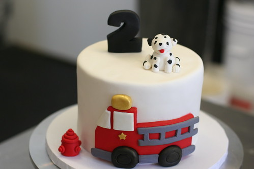 Fire Truck Birthday Cake | by Sweet Lauren Cakes