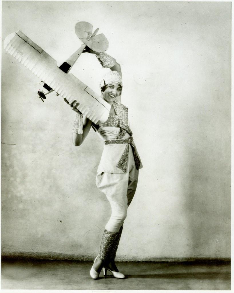 Lilet (b. 1977),Emanuelle Cristaldi Porno image Grace Phipps,Emilie de Ravin