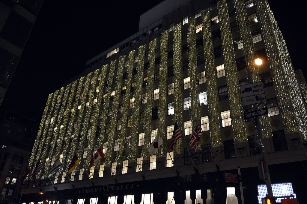 Picture Of Bloomingdales Lit For Christmas At 1000 Third Avenue 59th Street Lexington