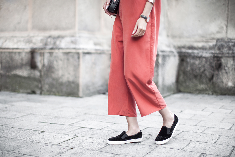 orange-outfit-look-streets-tyle