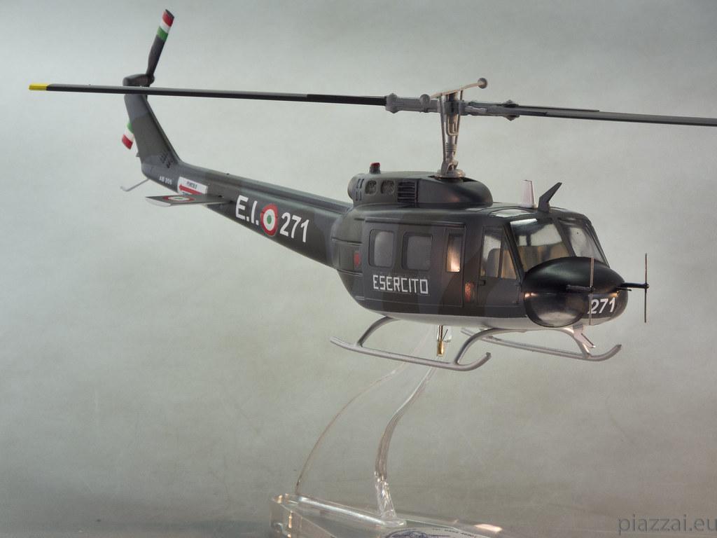 Elicottero 205 : Ab esercito scala maurizio piazzai flickr