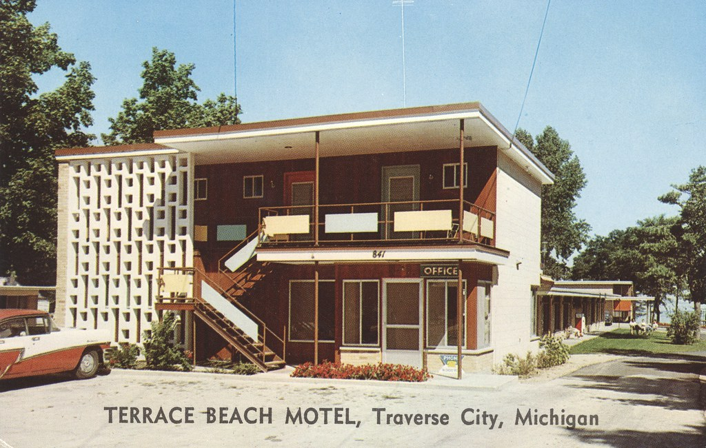 Terrace Beach Motel - Traverse City, Michigan