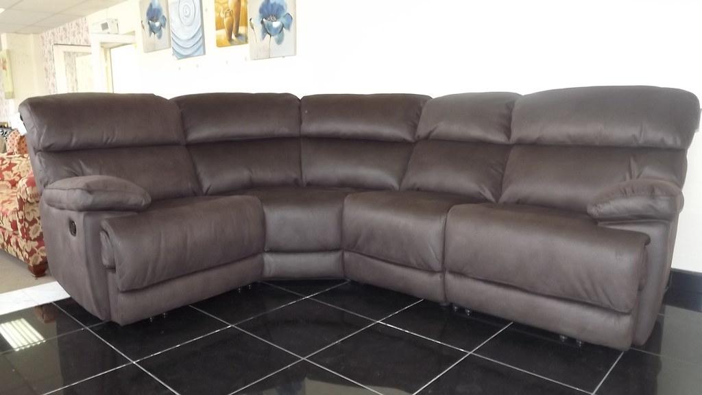 Sofa Sale Designer Sofas Upto70off Lifestyle Sustanab Flickr
