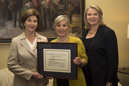 U.S. Senator Boxer Presents Inaugural Climate Hero Award in Dallas to George W. Bush Presidential Center | by EPWBoxer