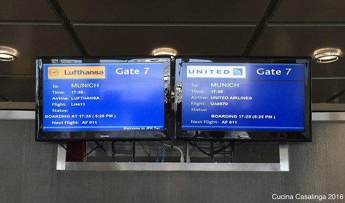 2016 04 28 005 Gate JFK CuCa