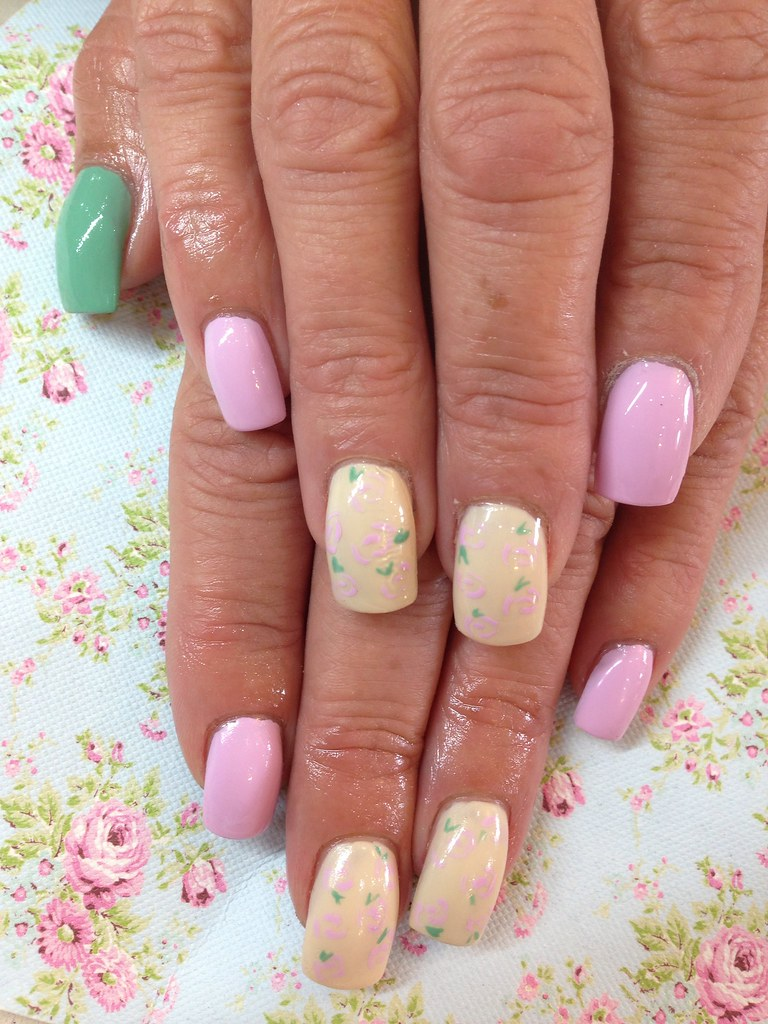 Acrylic Nails With Pastel Polish Free Hand Rose Nail Art Flickr