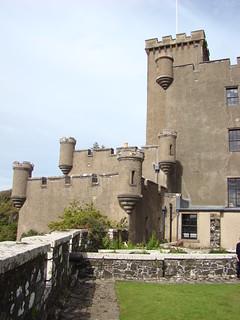 075 Dungevan Castle