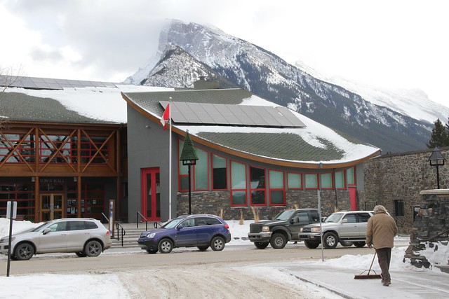 Banff  creates first municipal feed-in-tariff in Canada