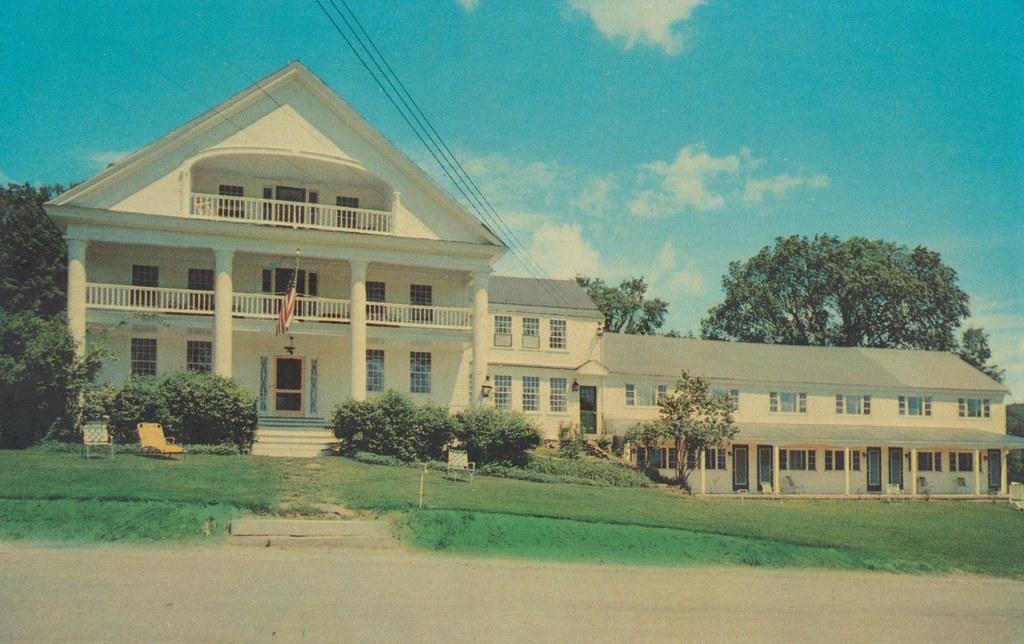 Rabbit Hill Motor Inn - Waterford, Vermont