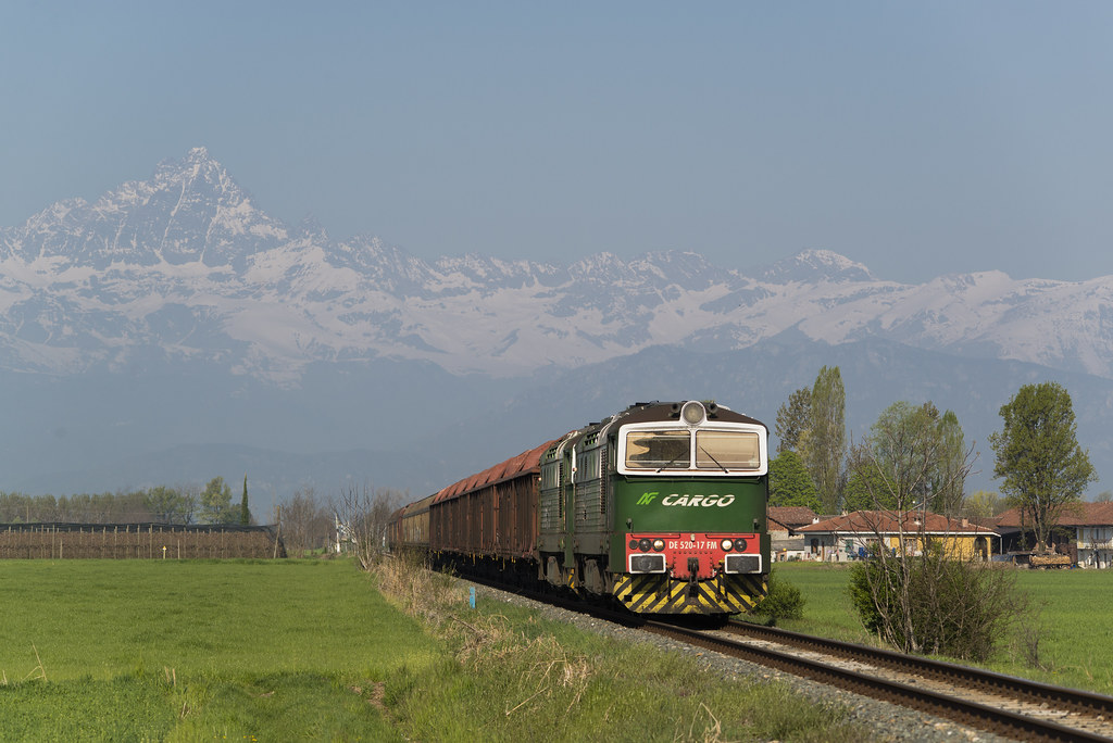 Db cargo italia flickr for B b italia carugo