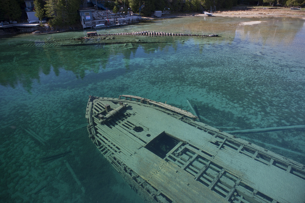 Big Tub Harbor | Shipwrecks of the schooner \'Sweepstakes\' an… | Flickr