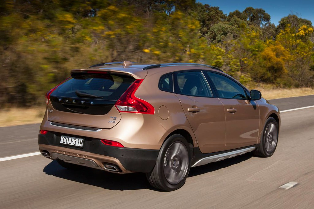 2013 Volvo V40 Cross Country First Drive The Name Sugges Flickr