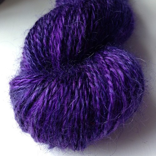 Just finished spinning this lovely mohair/silk from #hilltopcloud #handspun #knitting #yarn | by 2B AnnaB