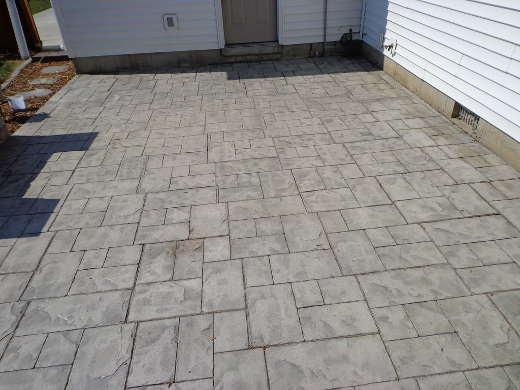 ... Sealer U0026 Color Worn Off Stamped Concrete Patio | By Decorative Concrete  Kingdom