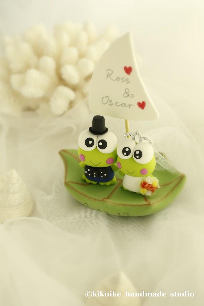 Keroppi wedding cake topper | www.etsy.com/listing/55583315/… | Flickr
