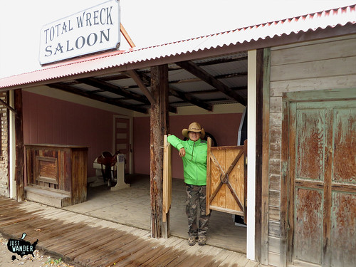 Tombstone: Total Wreck Saloon -Maya