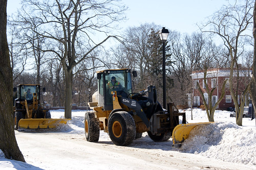 NSGL snow removal (29 Jan 14) 33 | by NAVFAC