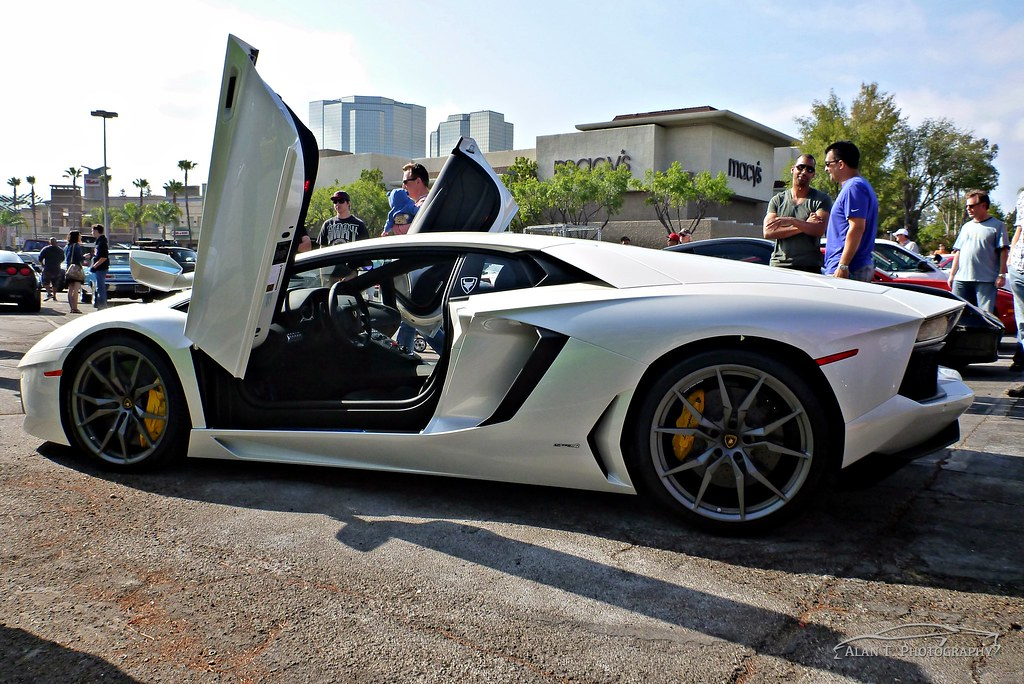 ... White 2013 Lamborghini Aventador Doors Up! | by Alan T. Photography & White 2013 Lamborghini Aventador Doors Up! | https://www.youtube.com ...