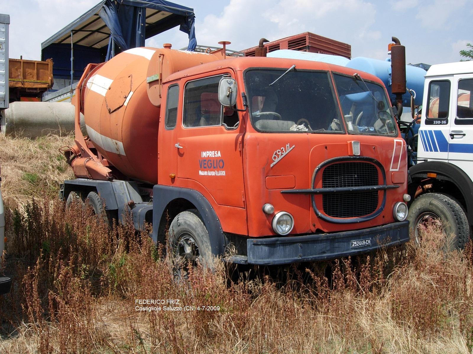 allestimento betoniere su camion 10042626714_eb46d904f4_h