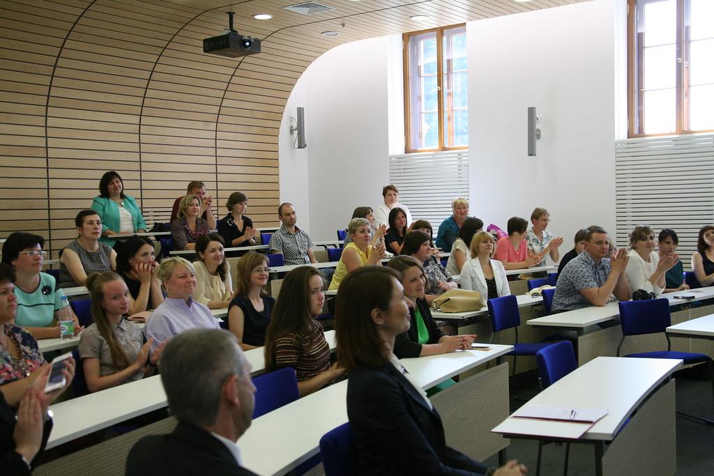 Учить ученого: в ВШМ СПбГУ успешно финишировала программа «Менеджмент в образовании»