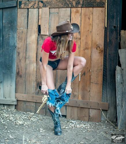 Nikon D800 Photos Pretty Cowgirl Model Blue Jeans Cutoffs