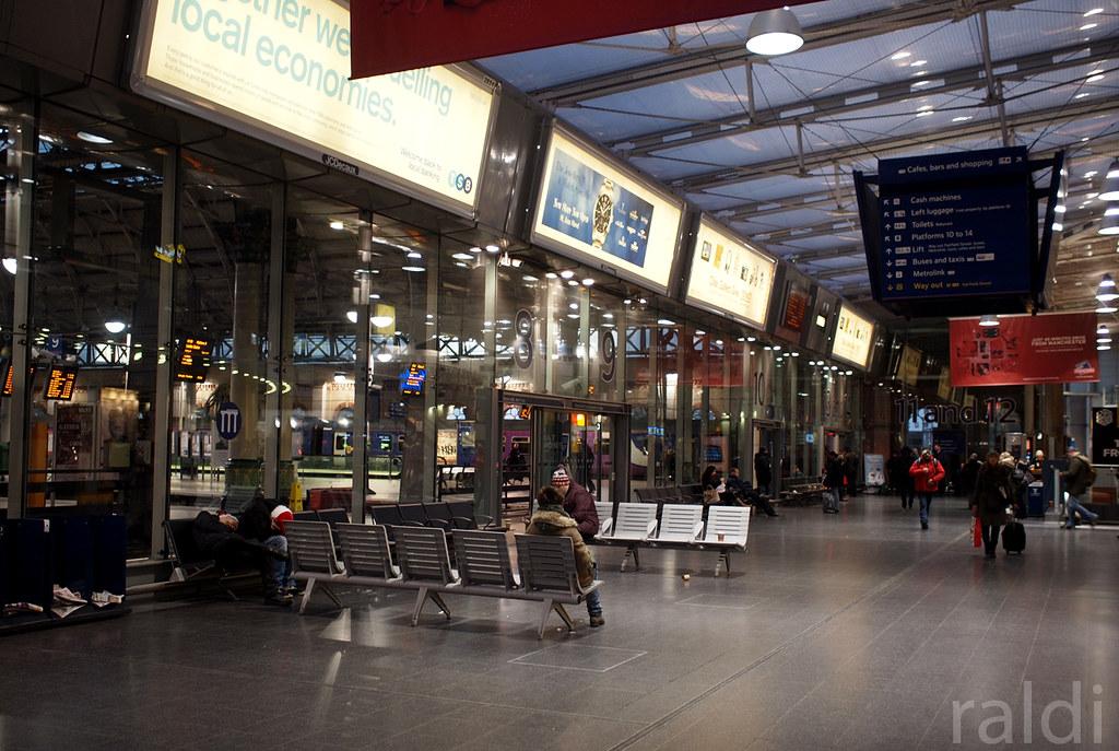 Manchester Piccadilly | OLYMPUS DIGITAL CAMERA | Flickr